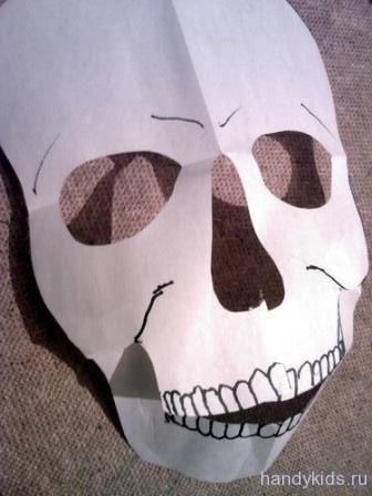 Как сделать страшные маски своими руками из бумаги
