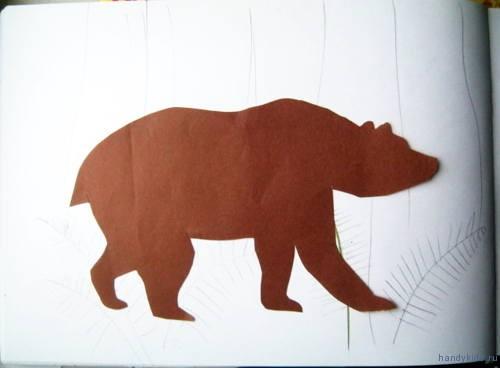 Силуэт бурого медведя