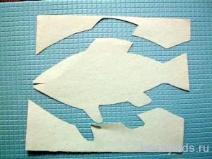 Подводный мир:вырезание рыбы из бумаги.