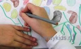 Правильный захват карандаша при работе