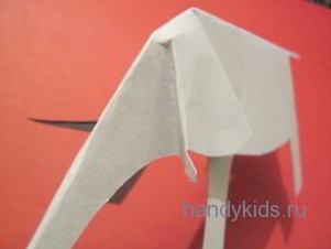 Сгибы на голове модели слона