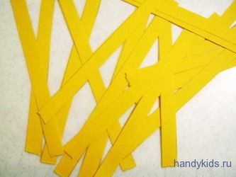 Разрежем лист на ровные полоски