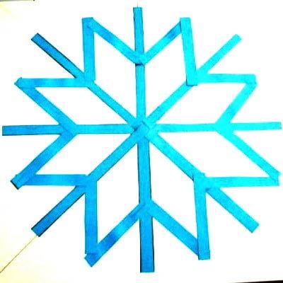Аппликация Снежинка из цветной бумаги