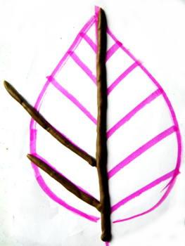 Слепим лист из пластилиновых жгутов