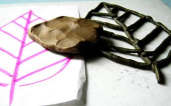 Лепка -лист из пластилина