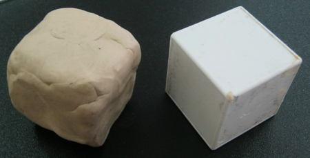 Слепим куб из пластилина