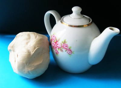 Как  слепить чайник