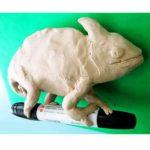 Лепка: хамелеон из пластилина