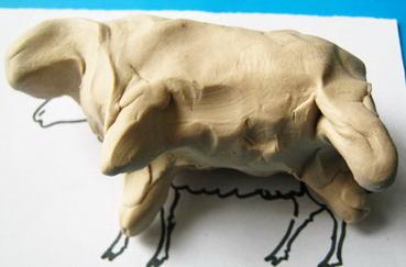 Лепим овечку и барашка поэтапно