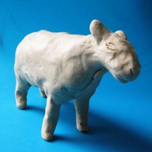Лепка: овечка и барашек из пластилина