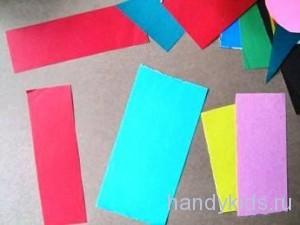 Склеивание цветного фона из бумаги