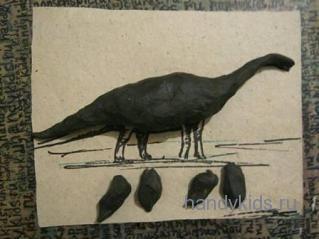 Лепим  динозавра диплодока