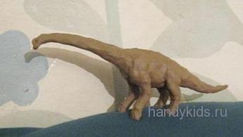 Брахиозавр из пластилина