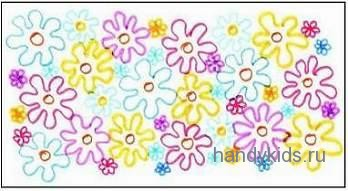 Образец раскраски Цветы на лугу