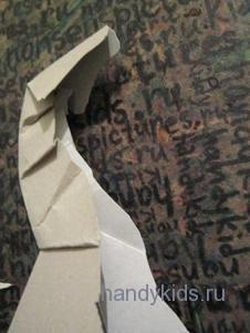 Шея  лошади из бумаги