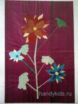Простой радиально-симметричный цветок
