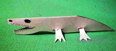 Модель крокодила из бумаги