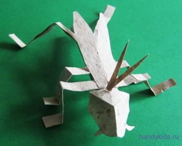 Модель из бумаги -Кузнечик