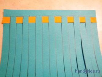 Сплетём коврик из бумажных полосок