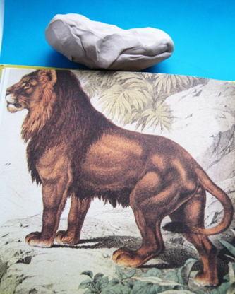 Лепим льва